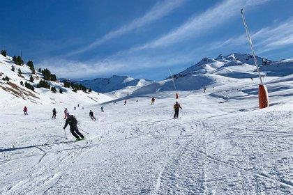 Buen tiempo y apertura casi total en 28 estaciones de esquí españolas