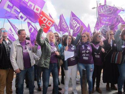 """CCOO y UGT creen que """"sobran los motivos"""" para que """"hombres y mujeres"""" inunden las calles de Extremadura este 8 de marzo"""