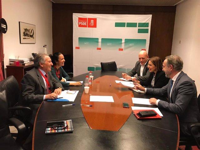 Puertos deportivos reanudan el contacto con los grupos parlamentarios para retom