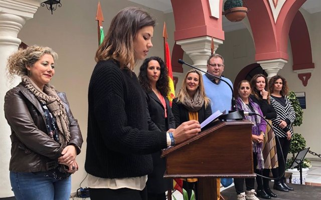La joven deportista local en la élite del voleibol, Alba García Vega, ha realiza