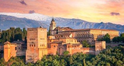 La Alhambra de Granada registra normalidad con paros en el 3,5% de la plantilla, que CCOO eleva al 30%