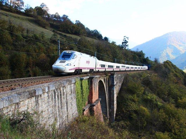 Tren Talgo 250