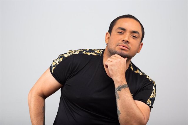 Suspenden conciertos de Manny Manuel en los carnavales de Tenerife tras actuar e
