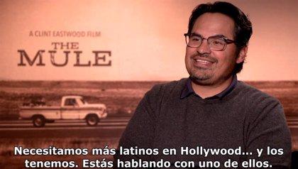 """Michael Peña protagoniza Mula: """"Es maravilloso que haya más voces latinas en Hollywood"""""""
