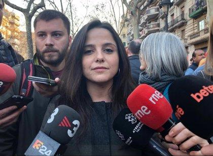 """8M.- Sirvent (CUP) ve un """"éxito"""" la huelga y exige al Govern políticas efectivas para la mujer"""
