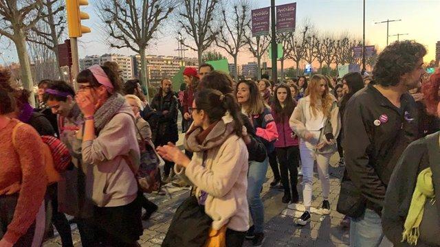 8M.- 3.300 Personas Participan En Dos Manifestaciones Feministas En Lleida