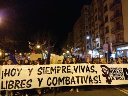 8M.- Una multitudinaria manifestación pide en Logroño igualdad real y efectiva y poner fin a la violencia machista
