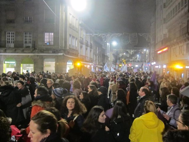 8M.- Las Calles De Galicia Se Desbordan Para Exigir Igualdad En Un Nuevo 8 De Ma
