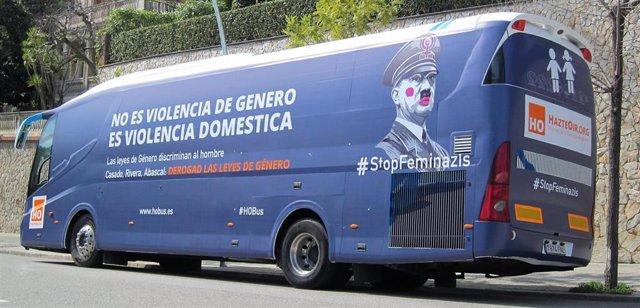 AMP.- València denunciarà per delicte d'odi a l'autobús d'HazteOír i ho immobili