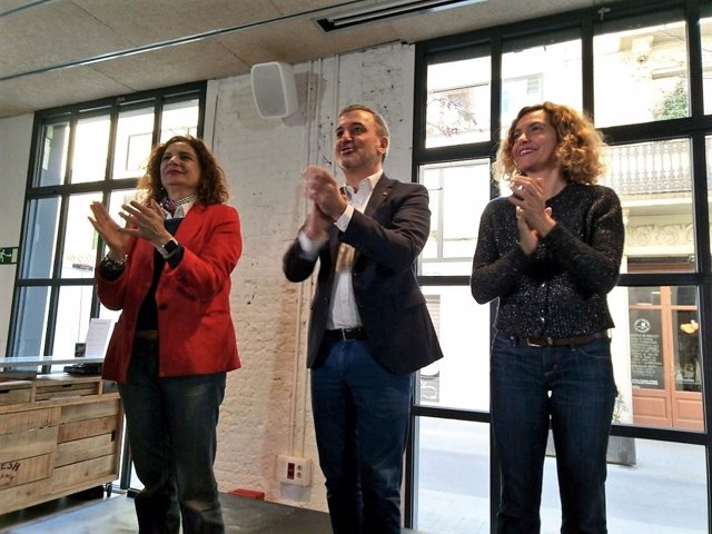 """Collboni (PSC) acusa Valls de """"enviar cartitas"""" per tapar haver anat a Colón"""