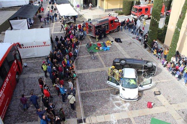 Bombers de la Generalitat inicien una campanya per fomentar les donacions de sa