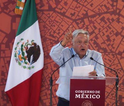 """López Obrador cumple 100 días como presidente de México intentando """"empujar un elefante"""""""