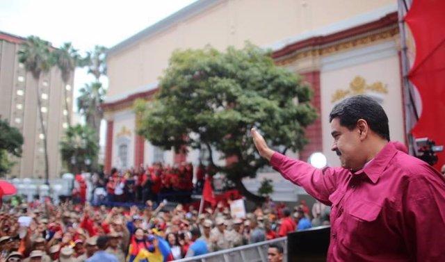 """Maduro asegura que la """"guerra eléctrica"""" dirigida por el """"imperialismo"""" de EEUU"""