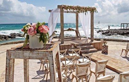 Las bodas temáticas, el nuevo y lucrativo mercado turístico de Cancún, México