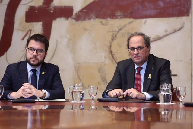 Pere Aragonès (vicepresident de la Generalitat) Quim Torra (president)