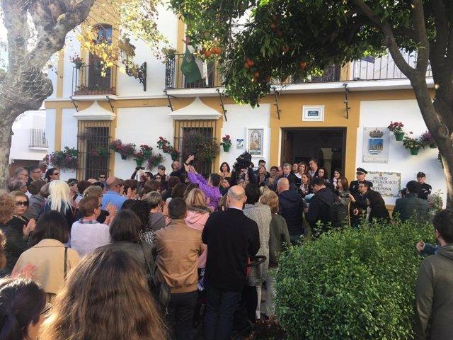 Málaga.- Estepona guarda un minuto de silencio por el asesinato machista ocurrid