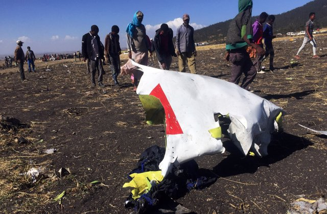 China.- China ordena a sus aerolíneas que dejen de usar el modelo Boeing 737 Max tras el accidente aéreo en Etiopía