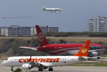 """Venezuela activa un """"plan de contingencia"""" en el sector aéreo para hacer frente al apagón"""