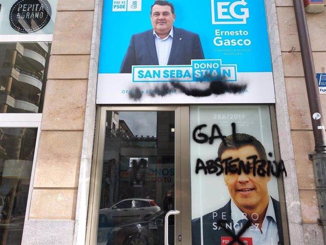 Ernesto Gasco (PSE) denuncia el ataque a una de sus oficinas electorales en San