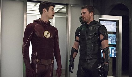 "The Flash (Grant Gustin) se despide de Arrow (Stephen Amell): Eres una ""leyenda"""