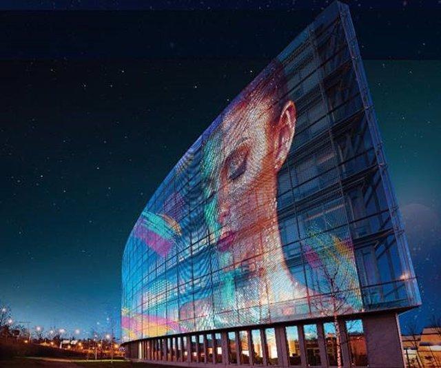 La película LED transparente de LG crea entornos digitales en cualquier superfic