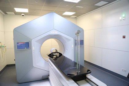 Vall d'Hebron instala un acelerador de radioterapia innovador para ganar precisión y seguridad