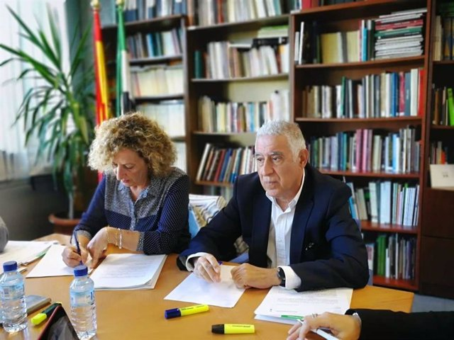 Las oposiciones de acceso a las 710 plazas al Cuerpo de Maestros en Extremadura
