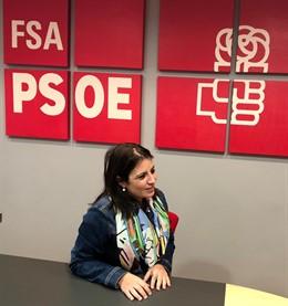 """Adriana Lastra: """"Los socialistas están en el PSOE, no se van a partidos de la de"""