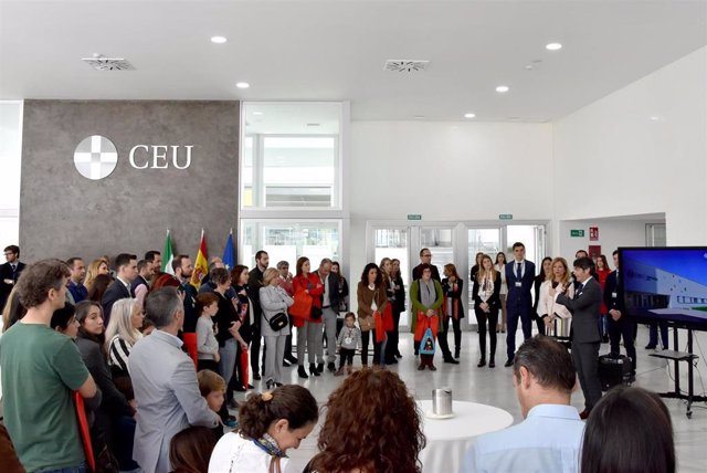 Sevilla.- Cerca 200 personas participan en la VII Jornada de puertas abiertas de