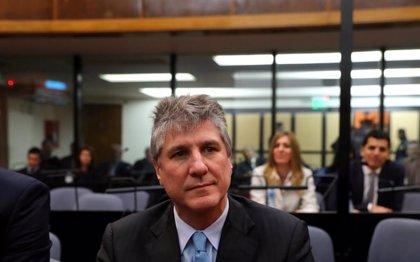 El exvicepresidente argentino Amado Boudou afronta un nuevo juicio por supuestos pagos de sobreprecios y falsificación