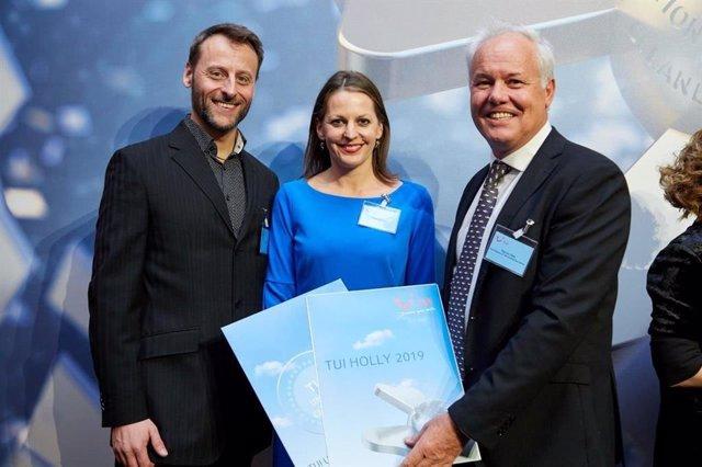 COMUNICADO: El Hotel Botánico recibe el prestigioso premio 'TUI Holly' 2019 dura