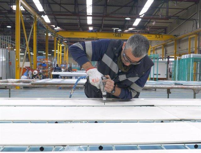 """Jaén.- Economía.- La empresa Liderkit, """"líder en carrocerías industriales"""", expo"""
