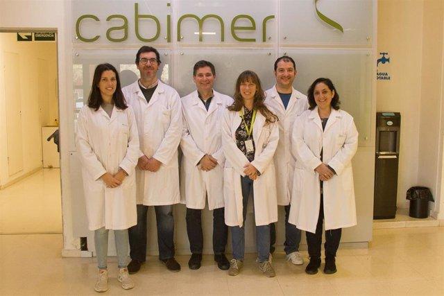"""Científicos del Cabimer reciben el Premio Conecta de Canal Sur por los """"benefici"""