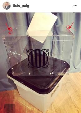 L'exconseller Lluís Puig desvetlla unes urnes alternatives per el 1-O