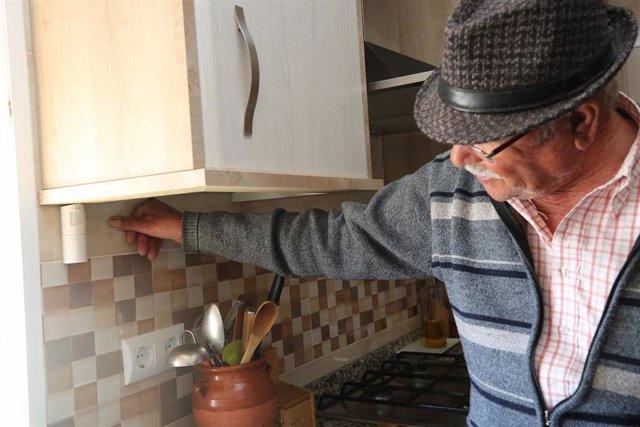 Málaga.- Diputación instala domótica en los hogares para el cuidado de personas