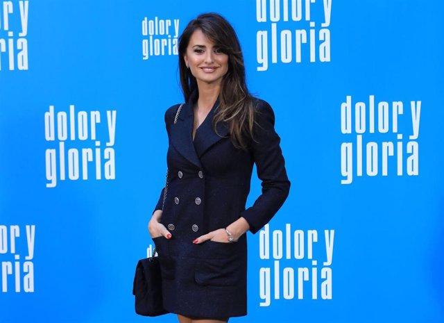 Copia el vestido Chanel de Penélope Cruz en versión 'low cost'