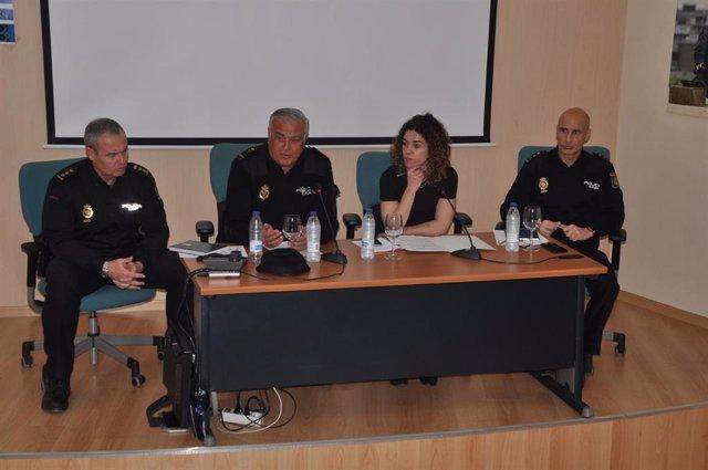 La Policía Nacional Se Reúne Con Asociaciones Y Federaciones