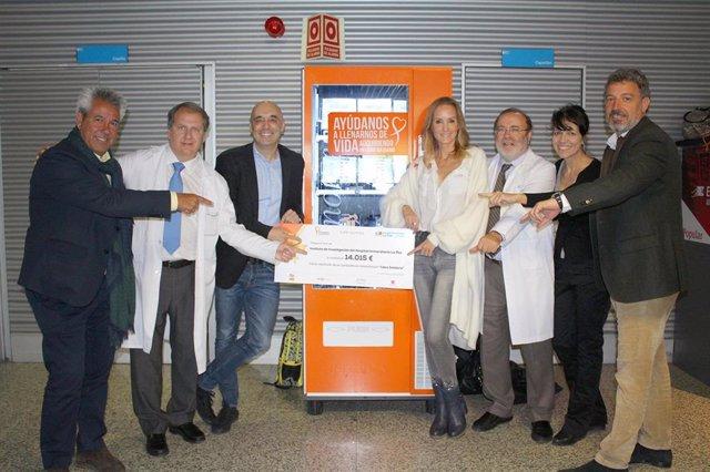 La Fundación Sandra Ibarra dona 14.000 euros a La Paz para investigar el cáncer