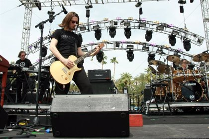 "Steven Wilson critica a Greta Van Fleet: ""Son terribles, una broma, unos imitadores de tercera división de Led Zeppelin"""