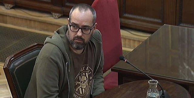 Procés.- Testifica un dissenyador a qui un tal 'Toni' de la Generalitat va lliur