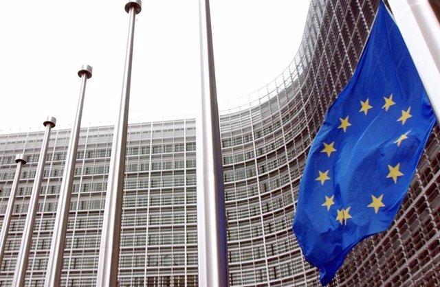 La UE incluye a Emiratos Árabes Unidos y otros 9 países en la lista 'negra' de p