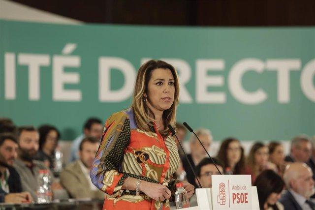 """Susana Díaz denuncia que la """"mentira, la difamación y el montaje"""" marcan las act"""