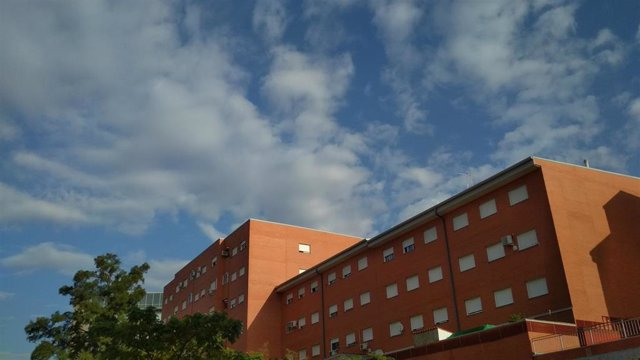 Cielos poco nubosos