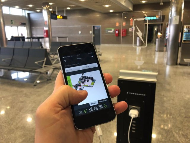 L'Aeroport de Reus installa deu punts de recarrega per a mbils en els seus aca