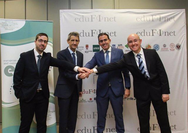El Centro ECIE se adhiere al Proyecto Edufinet de Unicaja y firma un acuerdo par