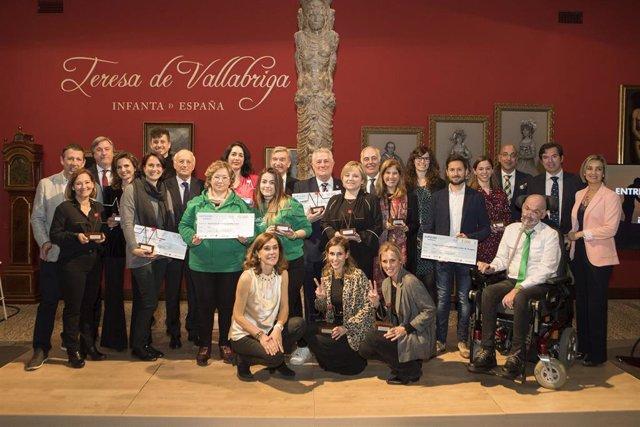 """Ibercaja entrega los premios """"impulso solidario"""", que promueven el compromiso so"""