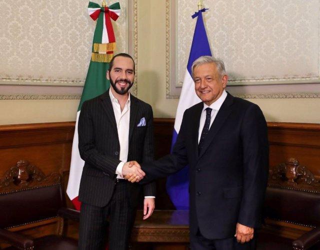 López Obrador y Bukele se reúnen para dialogar sobre la cooperación bilateral en