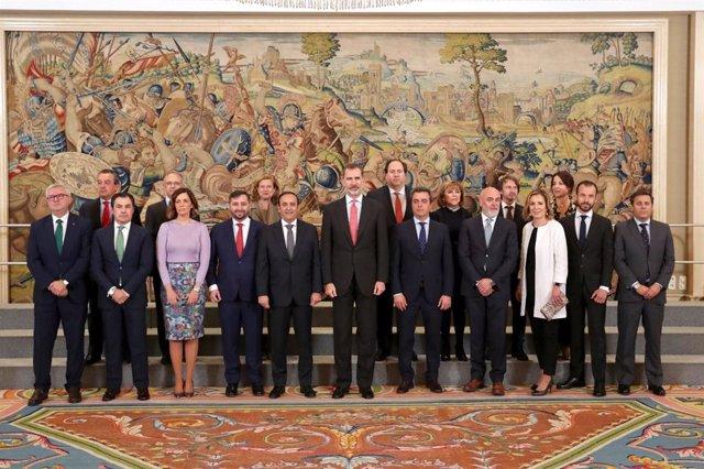 El Rey Felipe VI destaca los beneficios del sistema cooperativo de distribución