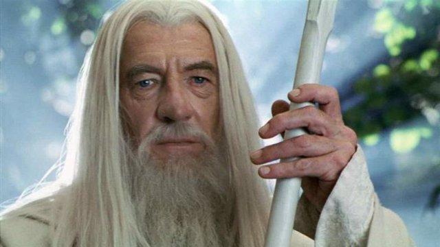 """Ian McKellan, sobre El señor de los anillos: """"No soy demasiado viejo para volver"""