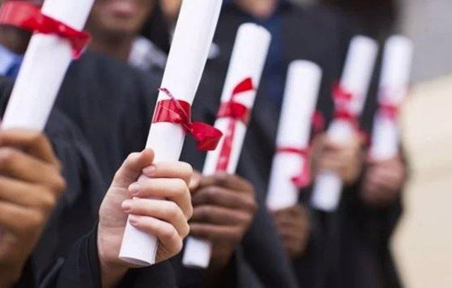 """Galicia pide al Estado español """"agilizar"""" la homologación de títulos universitar"""